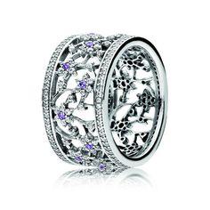 Cette bague Pandora nous fait rêver au prince Charmant !