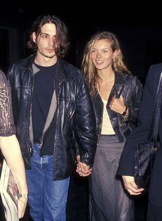 Le style Nineties de Johnny Depp avec Kate Moss, perfecto en cuir, homme cheveux longs