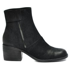 Juff by Django and Juliette Block Heel Boots, Block Heels, Leather Boots, Black Leather, Boots Online, Everyday Look, Fashion Shoes, Style Fashion, Ankle Boots