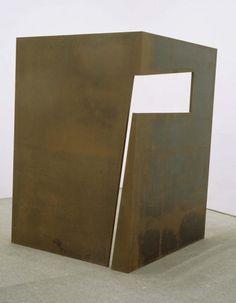"Sergi Aguilar -""Mirada"" ('The Look'); 1987 192,5 x 185 x 95"