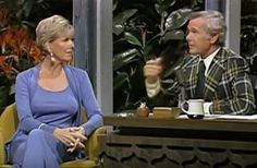49 Vintage Photos You've Probably Never Seen Before Back in the day, Johnny Carson was the coolest. The Tonight Show was the only gig in town. Johnny Carson, Here's Johnny, Late Night Talks, Grace Slick, Rare Historical Photos, Tonight Show, Janis Joplin, Iconic Movies, Classic Hollywood