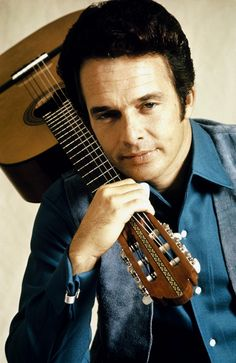 Born: April 1937 - Died: April 2016 ~ Died On his Birthday) Merle Ronald Haggard was an American country music singer, songwriter, guitarist, fiddler, and instrumentalist. Old Country Music, Outlaw Country, Country Music Stars, American Country, Country Boys, Country Living, Country Style, Male Country Singers, Country Musicians