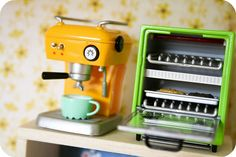 "Miniature Espresso Machine and Toaster Oven (Re-Ment ""Puchikawa Kitchen"")"