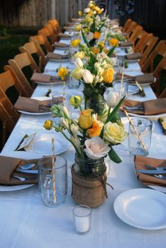 98 Rustic Wedding Table Settings Rustic weddings are so cutie! I always love sharing ideas connected with them, and today these are rustic table settings. Rustic Wedding Centerpieces, Wedding Table Decorations, Rustic Weddings, Wedding Rustic, Gold Wedding, Autum Wedding, Wedding Country, Yellow Wedding, Decor Wedding