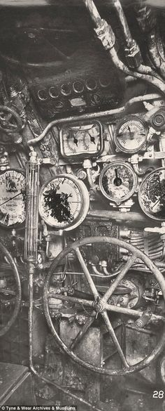 Inside a killing machine: The ghostly century-old images of a German WWI U-Boat raised from depths of the North Sea German Submarines, Nuclear Bomb, Days Of Future Past, Old Images, Navy Ships, World War One, North Sea, Vietnam War, Dieselpunk