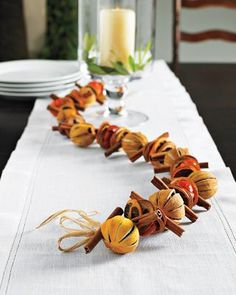 Dried fruit garland - love this idea!! Maybe a few cloves in the oranges. NL