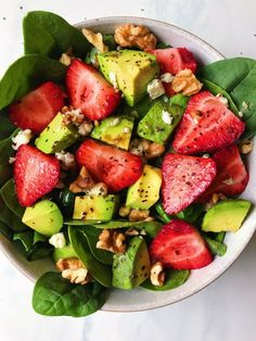 Avocado Strawberry Spinach Salad - The Dish On Healthy - Avocado Strawberry Spi. - Avocado Strawberry Spinach Salad – The Dish On Healthy – Avocado Strawberry Spinach Salad - Avocado Recipes, Healthy Salad Recipes, Healthy Snacks, Vegetarian Recipes, Healthy Eating, Cooking Recipes, Grilling Recipes, Delicious Healthy Food, Health Food Recipes