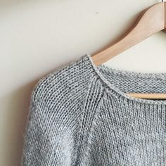 Knitting a simple, clean neckline