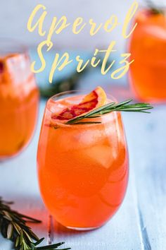 Aperol Spritz – The Perfect Cocktail All Year Round – Sip and Feast The Aperol Spritz is a super refreshing cocktail! Great for parties, barbecues, and group events. This easy mixed drink should definitely be in your rotation! Refreshing Cocktails, Fun Cocktails, Summer Drinks, Cocktail Drinks, Cocktail Recipes, Drink Recipes, Holiday Cocktails, Italian Cocktails, Classic Cocktails