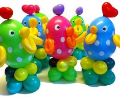 Balloon Chicks made from link o Loon balloons