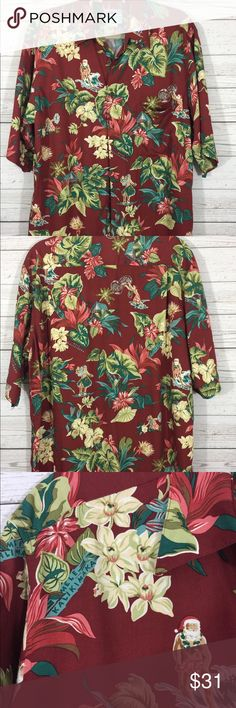 6f0a2f62 Reyn Spooner Men's Hawaiian Christmas Shirt Med Collectible Christmas Shirt  by Reyn Spooner. Mele Kalikimaka