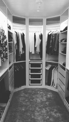 Walk in closet #ikea