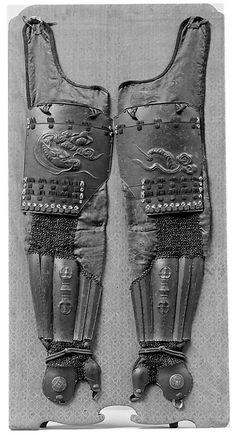 Sleeves, pair (Koté) Date: 17th–18th century Culture: Japanese Medium: Iron, chainmail, silk