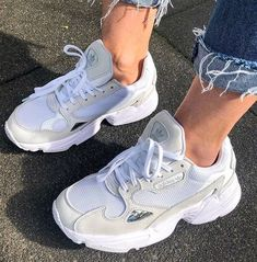 sneakers for women skechers Sneakers Mode, Sneakers Fashion, Fashion Shoes, Girl Fashion, Skechers Sneakers, Souliers Nike, Aesthetic Shoes, Fresh Shoes, Hype Shoes