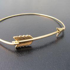 Arrow Bangle Bracelet Gold Bangle Bracelet Gold par FrostedWillow, $16.95