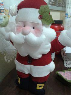 Lindo papai Noel de feltro para enfeite de porta