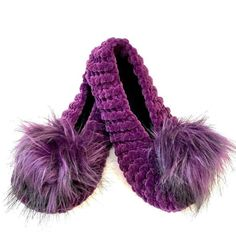 """alpaca Slippers for Home with Pom Pom, Women House Shoes, Shoes for home, House Slipper,Gift for Mom,handmade slippers,summer slipper"" Alpaca Slippers, Cute Slippers, Pink Slippers, Summer Slippers, Knitted Slippers, Womens Slippers, Bridesmaid Slippers, Summer Knitting, Crochet Woman"