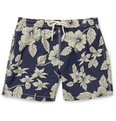 Stand out at the pool, on the beach or just in your own back garden with MR PORTER's collection of designer men's swimwear for the discerning gentleman. Turtle Clothes, Baby Boy Swim Trunks, Mens Swim Shorts, Men's Shorts, Moda Casual, Kids Fashion Boy, Designer Clothes For Men, Urban Outfits, Swimwear