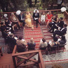 Wedding ceremony in a circle à la Alison Pill