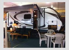 2014 Keystone Premier Bullet 19FB for sale by owner on RV Registry http://www.rvregistry.com/used-rv/1012548.htm