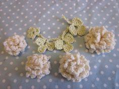 シロツメクサの簡単モチーフ #92の作り方|編み物|編み物・手芸・ソーイング|アトリエ|手芸レシピ16,000件!みんなで作る手芸やハンドメイド作品、雑貨の作り方ポータル