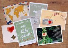 Das 52 Postkarten Hochzeitsspiel ist eine tolle Überraschung für das Brautpaar. Wir erklären, wie ihr vorgehen müsst und haben die passenden Tipps.