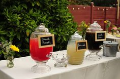 Chalk board sings and different sips to offer guests.  so charming!  #DIY #chalkboardsigns