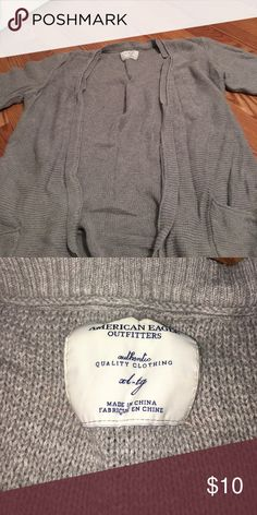 American eagle quarter length gray sweater American eagle quarter length gray sweater. Size XL but can fit size large as well American Eagle Outfitters Sweaters Cardigans