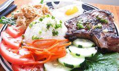 Com Tam Suon Bi Trung - Broken Rice w/ Pork Chops, Shredded Pork, and Egg Vietnamese Cuisine, Vietnamese Recipes, Asian Recipes, Ethnic Recipes, Asian Rice, Asian Pork, Vietnamese Pork Chops, Banh Xeo, Pork Bacon