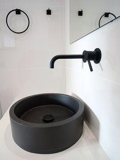 Ανακαίνιση σπιτιού στα Βριλήσσια   Home Done Sink, Home Decor, Sink Tops, Vessel Sink, Decoration Home, Room Decor, Vanity Basin, Sinks, Home Interior Design
