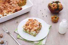 Le lasagne alla Bolognese, sono un piatto tipico della gastronomia Emiliana entrato ormai a far parte della tradizione culinaria di tutta Italia.