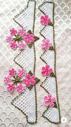 <img> Lace towel edge samples Lace towel edge patterns # needlepoint # needlepoint Source by hobi_isleri - Crochet Pattern Central, Crochet Patterns, Crochet Borders, Crochet Stitches, Crochet Flowers, Love Crochet, Simple Elegant Dresses, Viking Tattoo Design, Sunflower Tattoo Design