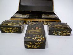 Early Victorian Chinoiserie Papier Mache Lacquered Box ca. 1840 image 6