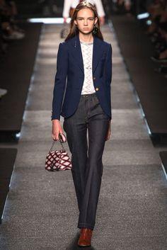 Jeans-Look mit Retro-Charme von Louis Vuitton, Runway Frühjahr/Sommer 2015