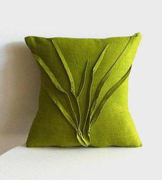 Sculpted Grass Linen Pillow, Moss Green