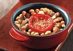 Γίγαντες στο φούρνο από την Αργυρώ Μπαρμπαρίγου | Κλασική και αγαπημένη συνταγή οι γίγαντες στο φούρνο. Μελωμένοι με υπέροχη γεμάτη γεύση!