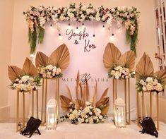 Birthday Decorations, Flower Decorations, Wedding Decorations, Table Decorations, Emerald Wedding Theme, Wedding Backdrop Design, Event Design, Flower Designs, Party Planning