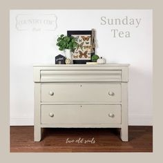 Shades of Brown and Taupe — Two Old Souls Coat Paint, Paint Line, Old Soul, Dresser As Nightstand, Country Chic, Vintage Pink, Interior And Exterior, Painted Furniture, Paint Colors