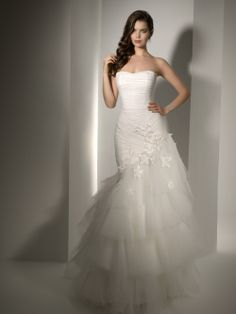 Pepe Botella Style 475  weddingbrand.com