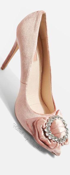 Regilla ⚜ Topshop Bridal Shoes, Wedding Shoes, Bridal Footwear, Stiletto Pumps, Pumps Heels, Stilettos, Plastic Shoes, Gris Rose, Cream Wedding