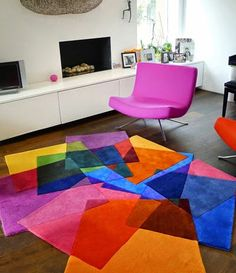 Colorful And Contemporary Rugs Design In Living Room For Dazzling Interior Sweet Home Design. Contemporary Rugs, Modern Rugs, Modern Living, Unique Rugs, Modern Carpet, Modern Decor, Decoration Evenementielle, Pop Art Decor, Tapis Design