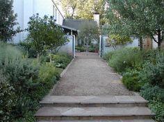 crushed granite path with stone edging- David Rolston Landscape Architect Dallas