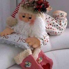 Elf Christmas Decorations, Diy Christmas Ornaments, Christmas Elf, Christmas Colors, All Things Christmas, Xmas, Christmas Sewing, Christmas Crafts For Kids, Diy Scarf