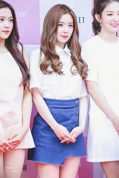 [HQ] 150602 레드벨벳 Red Velvet 걸그룹 메이크업북 Girlgroup Makeup Book Event http://cfile25.uf.tistory.com/original/2528243A556F1AEC1D3C30 …  cr. https://twitter.com/starlightbaby_