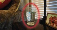 Put a Glass of Water, Salt and Vinegar In A Room.Wait 24 Hours You'll Be Amazed What Happens! Put a Glass of Water, Salt and Vinegar In A Room…Wait 24 Hours You'll Be Amazed What Happens! Feng Shui, Bad Spirits, Removing Negative Energy, Vinegar And Water, White Vinegar, Salt And Water, Purifier, Home Remedies, Cleaning Hacks