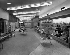 Interior of new Leed's Shoes at Villa Plaza Shopping Center. In addition, purses, handbags and hosiery could be purchased there. The new suburban store opened on April 1957 Retro Heels, Saddle Shoes, Pin Up Style, Shopping Center, Vintage Shoes, Hosiery, Villa, Memories, Handbags