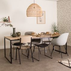 Alesund, Furniture Dining Table, Table And Chairs, Minimalist Outdoor Furniture, Scandi Home, Table Frame, Dining Room Design, Wood Design, Furniture Design