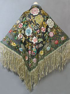 Spanish hand embroidered tulle shawl 1910