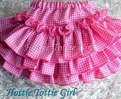 67 ideas baby newborn girl diaper covers for 2019 Toddler Girl Dresses, Little Girl Dresses, Girls Dresses, Baby Dress Design, Frock Design, Baby Frocks Designs, Baby Skirt, Skirts For Kids, Kids Frocks