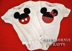 Mickey and Minnie onesies Great idea to jazz up a basic vest plus my lo loves mickey n minnie Twins 1st Birthdays, Mickey Minnie Mouse, Disney Mickey, Disney Shirts, Disney Onesies, Twin Babies, Baby Shower, Disney Trips, Baby Sewing